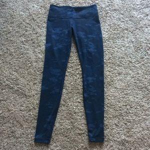 Blue camo Lululemon leggings